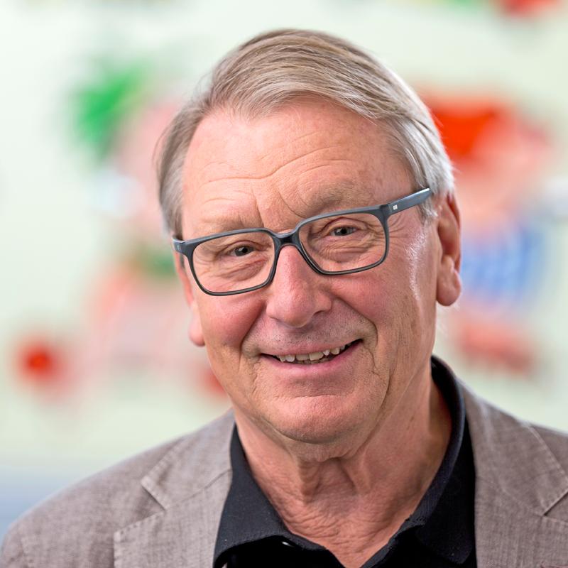 Dr. Ulrich Hübers